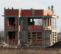 Durata de viaţă a caselor a scăzut de până la 10 ori. Ce soluţii au proprietarii şi la ce preţuri?