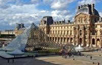9 Louvre