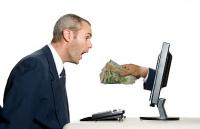 CADOU ÎN BANI pentru cei care îşi plătesc la timp ratele la credit!