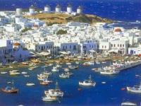 Grecii îşi vând proprietăţile şi îşi ascund banii în conturi greu de controlat