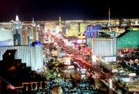 Miliardarul american care vrea să ridice un Las Vegas în Europa şi-a început cariera ca vânzător de ziare