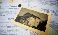 Prima locuință vândută de Johnson, în 1936. Prețul a fost de 1.500 dolari, estimată la circa 300.000 dolari astăzi