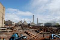 Fabricile şi uzinele: mândria regimului apus, supliciul economiei de azi