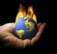 Pericolele lui 2014: noi prăbuşiri pe piaţa bancară, imobiliară şi de capital