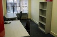 Proprietarii de vile bine poziţionate sunt ţinta companiilor care vor sedii noi