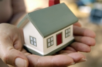 BCR reduce dobânda la creditul Prima Casă