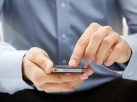 Operațiunile bancare prin telefon: cum funcționează și cât sunt de sigure?