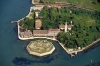 Ce fac milionarii cu insulele părăsite pe care le cumpără?