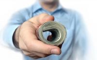 Previziunile bancherilor: politicile de creditare se vor relaxa, în 2015