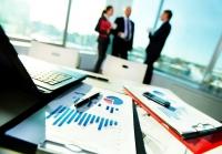 Tranzacții, în domeniul serviciilor financiare – anul 2015, marcat de fuziuni și achiziții