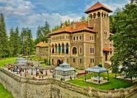 Castelul Cantacuzino din Bușteni, una dintre cele mai frumoase bijuterii arhitecturale de pe Valea Prahovei