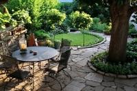 O grădină frumoasă necesită la fel de multă atenție la detalii ca și interiorul unei locuințe