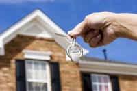 Studiu: Românii se mulțumesc cu locuințe de două ori mai mici decât majoritatea europenilor