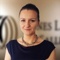 Silviana Badea, director al departamentului de investiții în România din cadrul JLL.