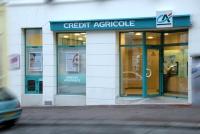 10 Credit Agricole