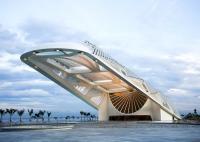 Clădire din altă lume: știință și artă, în Muzeul Zilei de Mâine, din Rio de Janeiro