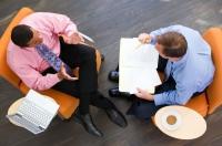 Cum și ce negociezi, când cumperi o locuință? Încăpățânarea poate aduce regrete