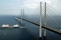 Pod și tunel subacvatic: drumul spectaculos ce face legătura între Danemarca și Suedia (FOTO)