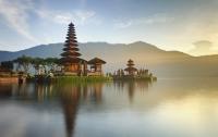 8 Indonezia