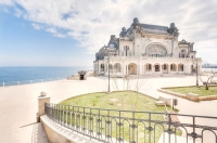 Mândrie a vremurilor apuse, Cazinoul din Constanța atrage străinii pasionați de fotografie ...