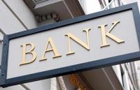 Mai multe bănci sunt un pericol iminent pentru siguranța românilor, avertizează premierul ...