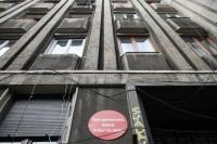 Sursa foto: https:/newsweek.ro/actualitate/proprietarii-cladirilor-cu-risc-seismic-obligati-sa-consolideze-imobilele